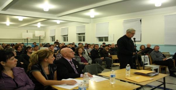 Les élus et la population de Godbout réclament la sauvegarde de l'école