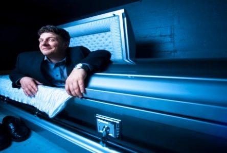 Les tribulations d'un croque-mort : Daniel Naud lève le voile