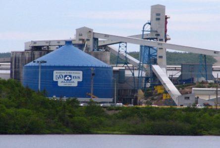 Aluminerie Alcoa de Baie-Comeau : Une quarantaine de postes supplémentaires sont abolis