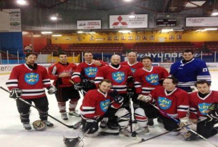 Ligue populaire de hockey : Les hockeyeurs ont jusqu'à ce soir pour se manifester