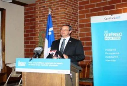 L'adjoint parlementaire se montre ravi de sa visite en sol nord-côtier