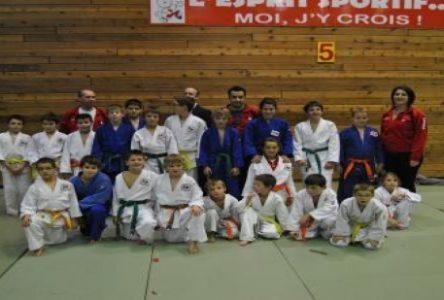 Le club de judo local fait bonne impression à Port-Cartier