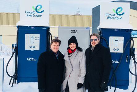 Deux nouvelles bornes de recharge rapide sur Place La Salle