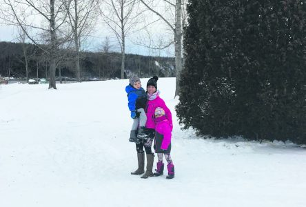 Joannie organise une marche de Noël au parc Manicouagan