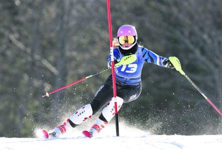 Circuit élite de ski alpin – Megan Heckey se qualifie pour les Jeux du Canada