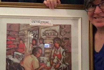 Une employée de Norfil espère les « j'aime » à sa photo
