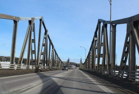 Le pont de Manic-1 aura droit à son nom