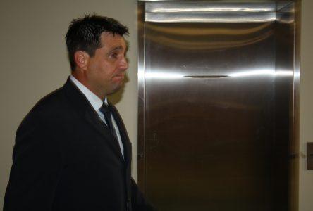 Neuf mois de prison pour Dave Deschênes
