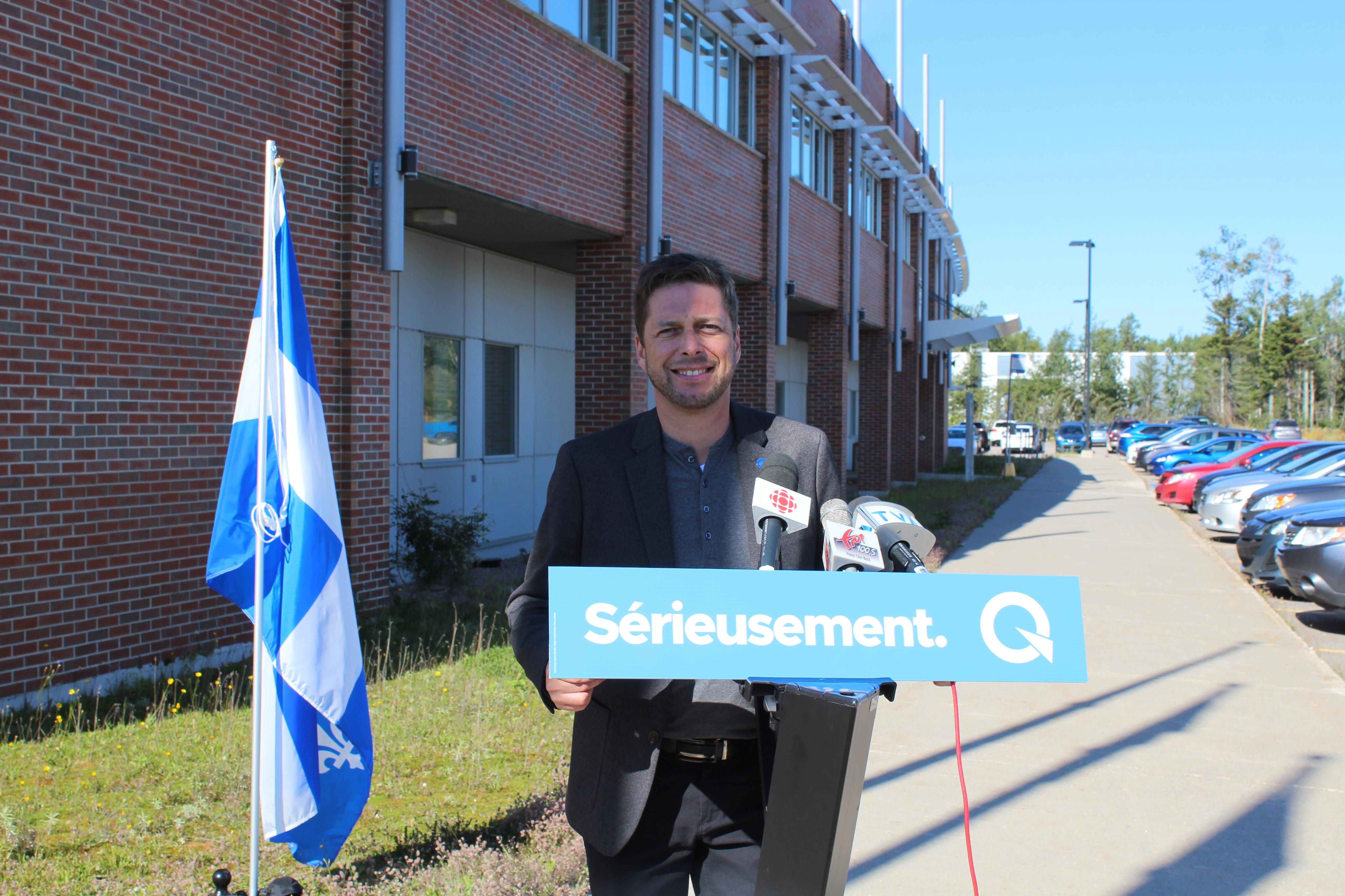 Martin Ouellet choisi leader parlementaire du PQ