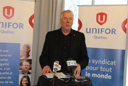 Caribou forestier : Unifor réclame un moratoire sur l'imposition de mesures