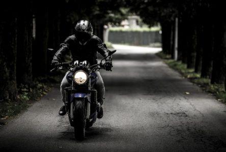 Une amende salée pour un motocycliste téméraire
