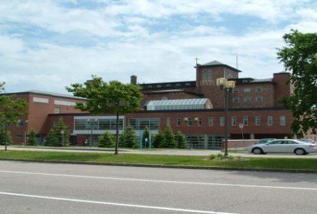 Gastroentérite : l'Hôpital le Royer ferme son troisième étage aux visiteurs
