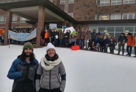 Les cégépiens de Baie-Comeau joignent le mouvement de grève climatique mondiale
