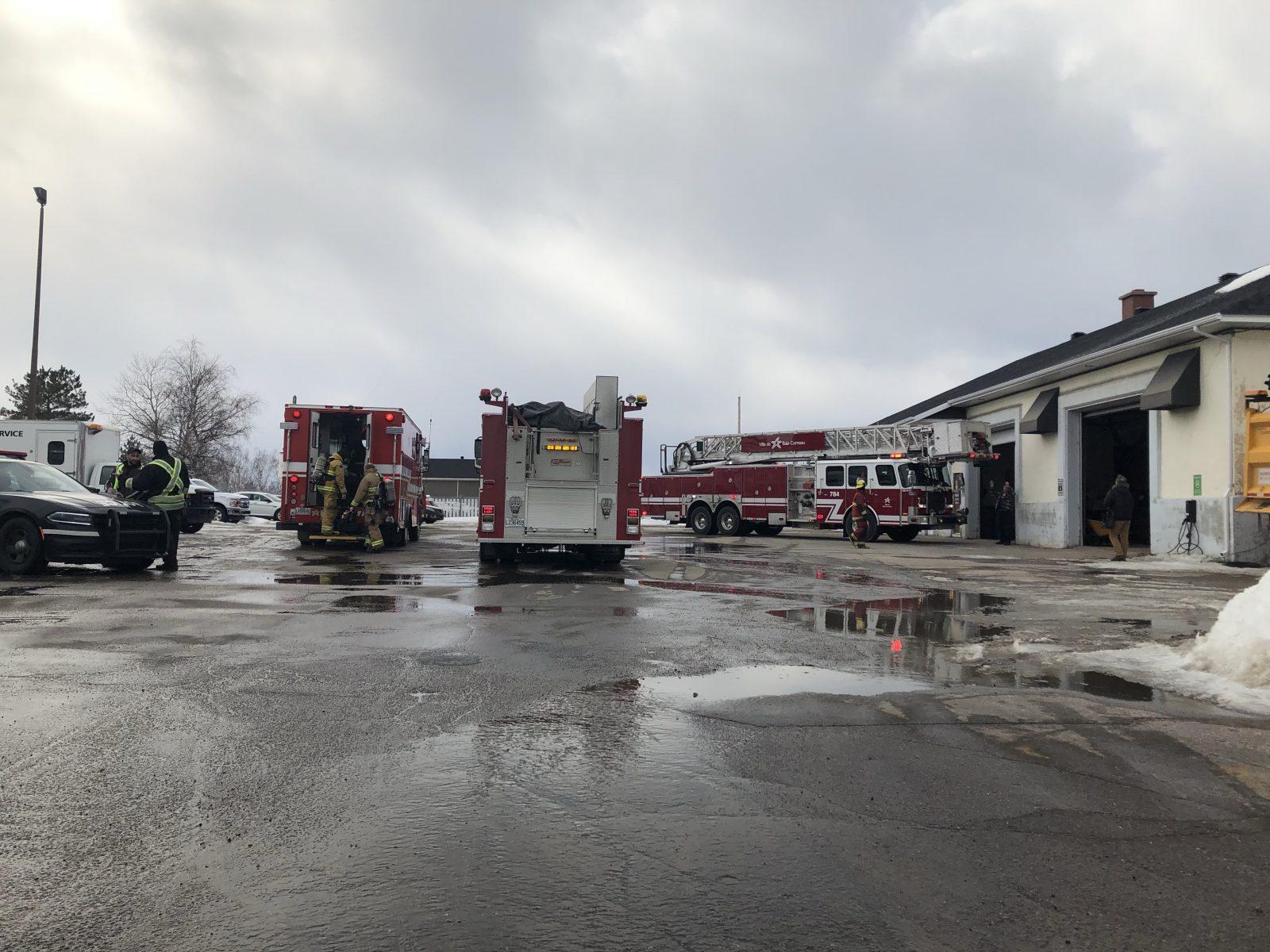 Incendie sur Nouvel: Hydro-Québec coupe le courant par prévention