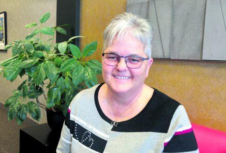 Infirmière auxiliaire au 4e étage de l'hôpital de Baie-Comeau – Anita Gagné part à la retraite, mais laisse ses traces