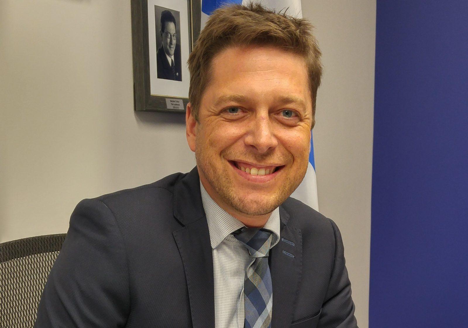 Budget provincial : Ouellet partagé