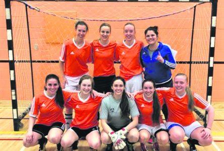 Classique de soccer Everest – Trois Baie-Comoises se couvrent de gloire à Rimouski