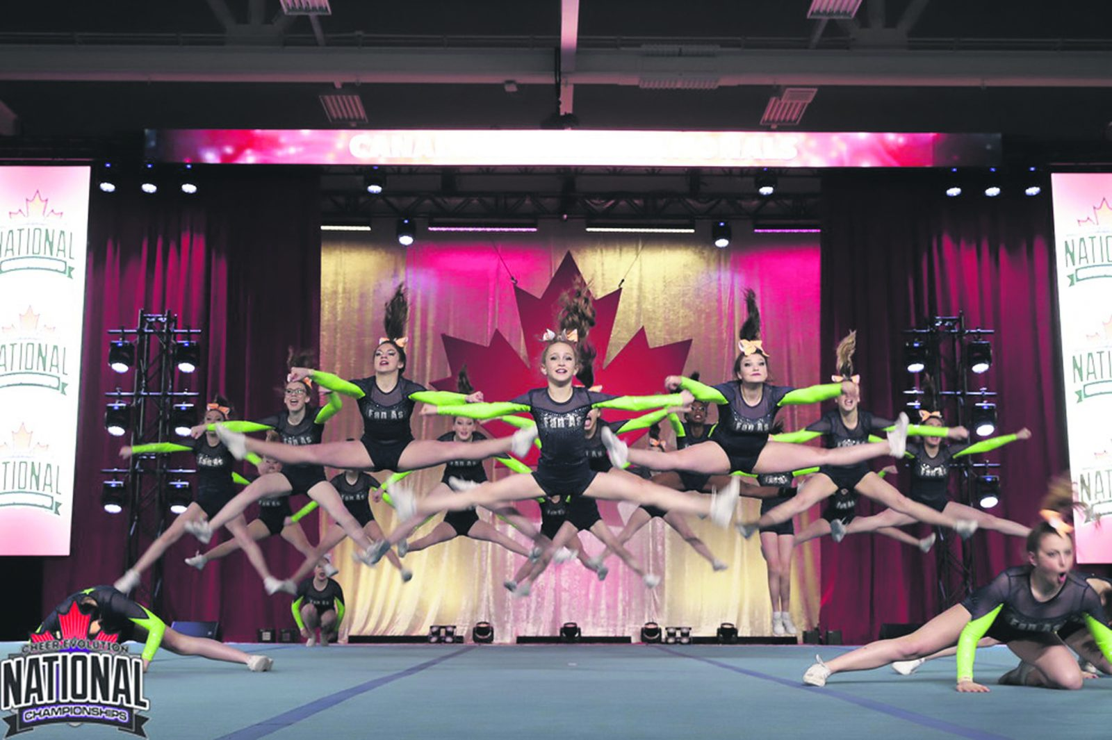 Championnat national de cheerleading – L'équipe Shining Star frise les marches du podium