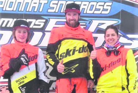 Championnat SCMX Dubois de snocross – Une saison fulgurante pour Cédric Gousse