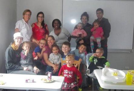 Avec le service Famille-Soutien – Des parents transmettent leurs forces à d'autres parents