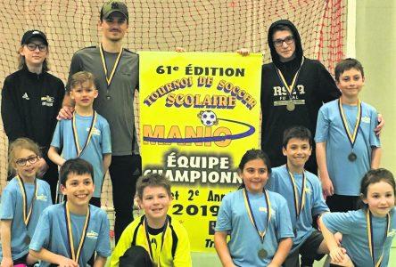 Soccer scolaire : l'école primaire Trudel décroche deux titres