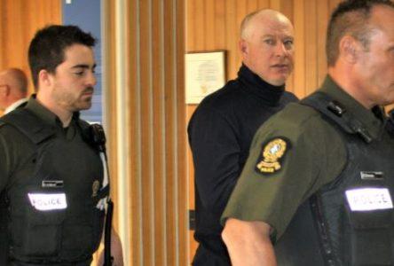 Menaces au cégep : Michaël Harvey inapte à subir son procès