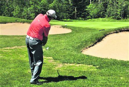 Le club de golf est ouvert