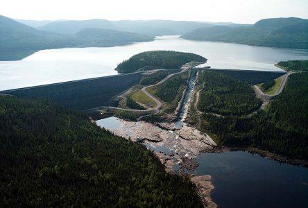 Hydro-Québec ouvre les vannes de Toulnustouc