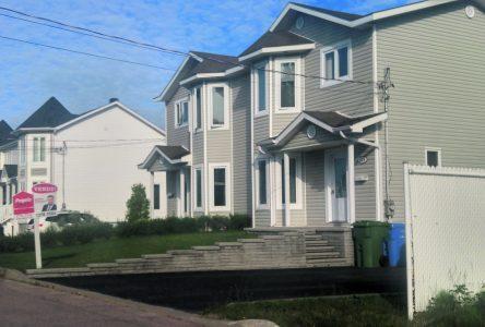 Bilan du premier semestre dans Manicouagan – Le prix de vente médian se raffermit dans l'immobilier