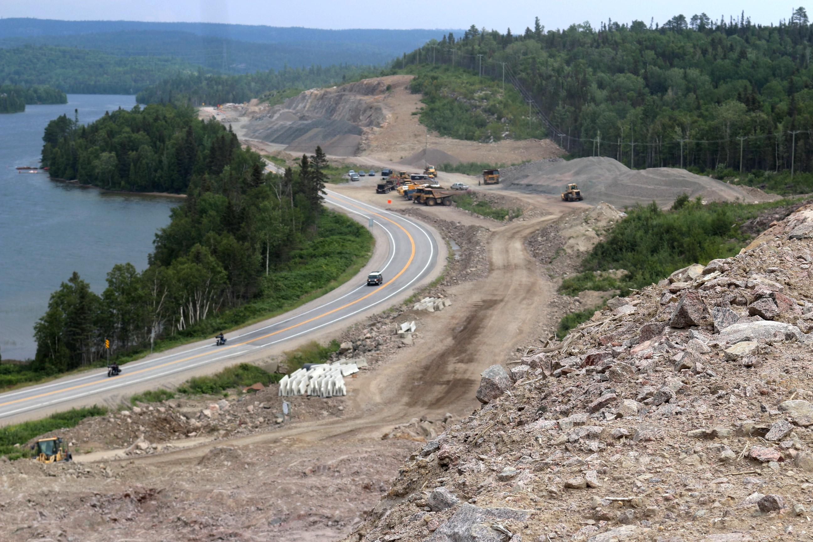 Construire Pres D Un Ruisseau les bergeronnes : les travaux de reconstruction de la 138