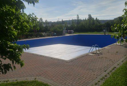 Bris : l'ouverture de la piscine Napoléon-Paul-Otis tarde