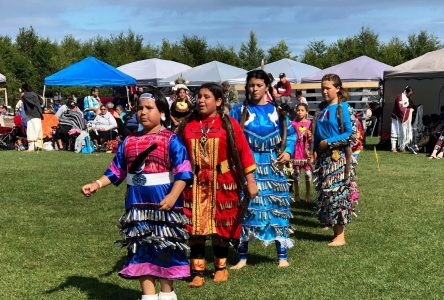 Le pow-wow attire 1000 personnes à Pessamit