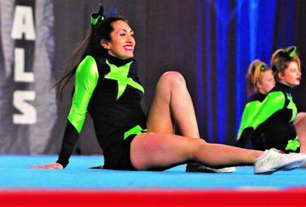 Claudia poursuit sa grande passion pour le cheerleading