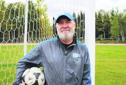 <i>Monsieur Soccer</i> reprend du service à Baie-Comeau