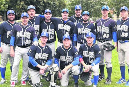 Baseball senior : Fabrication Fransi s'approprie le premier rang