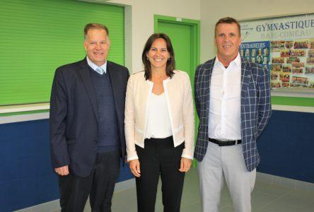 La ministre Isabelle Charest s'arrête sur la Côte-Nord
