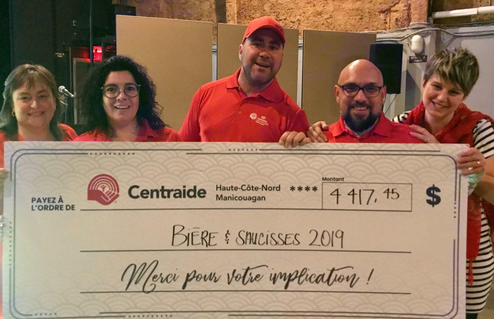 Plus de 4 000 $ pour le Bière et saucisses de Centraide