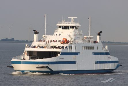 Le Saaremaa restera à quai