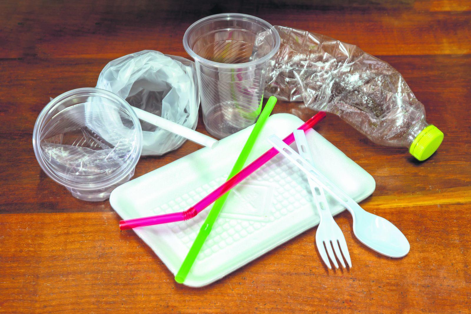 La politique pour l'élimination du plastique s'en vient à Baie-Comeau
