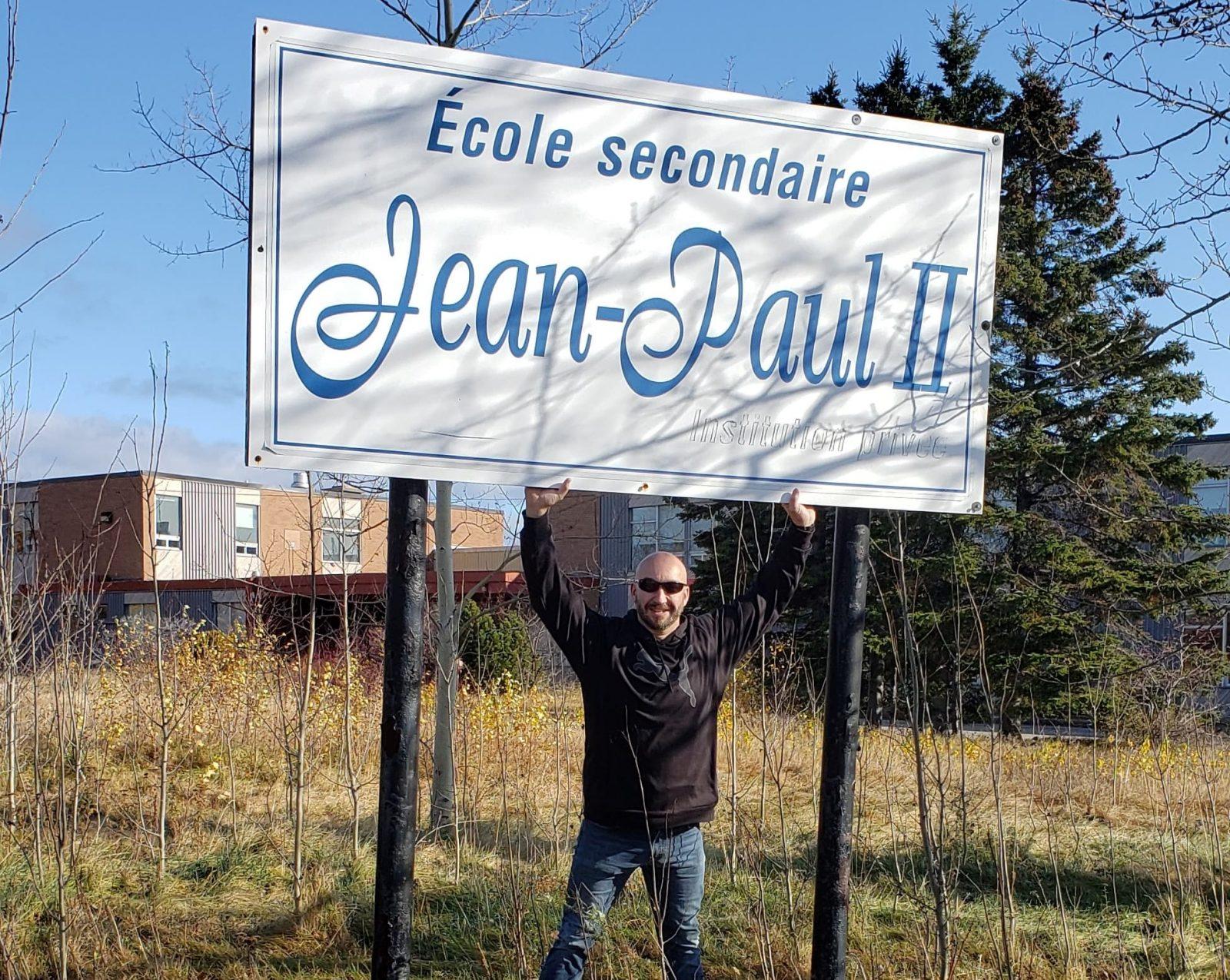 Baie-Comeau : Sylvain Poirier achète l'école Jean-Paul II