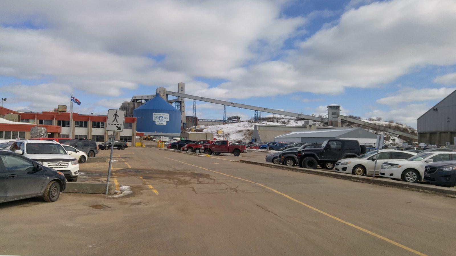 Levée des tarifs douaniers sur l'aluminium canadien par le gouvernement américain