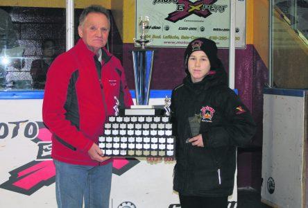 60e Tournoi de hockey mineur : William Jean sauve la mise pour Baie-Comeau