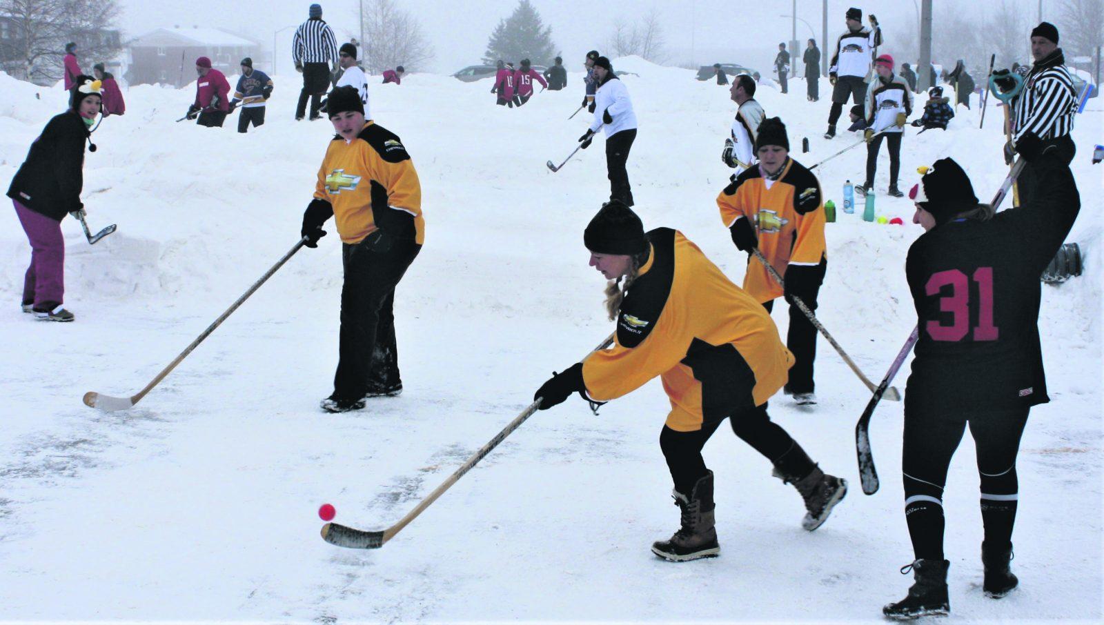 Centraide : le tournoi de hockey de rue prépare sa 7e édition