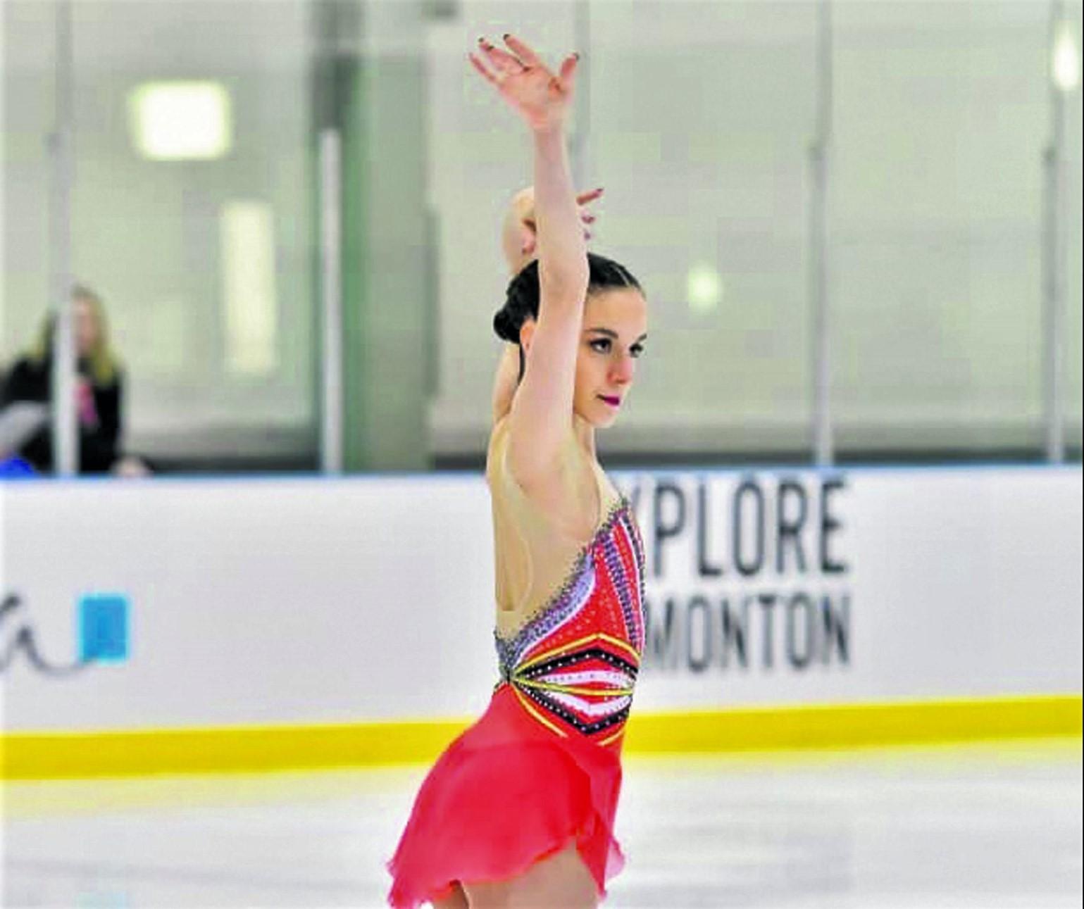 Championnats canadiens de patinage artistique: Kim Decelles finit 7e au programme court