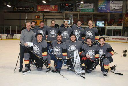 42e Tournoi de hockey Jules-Guy: les grands champions défendent leur titre