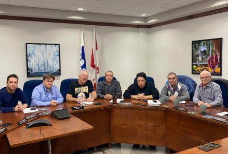 COVID-19 : les municipalités de la MRC suspendent leurs activités
