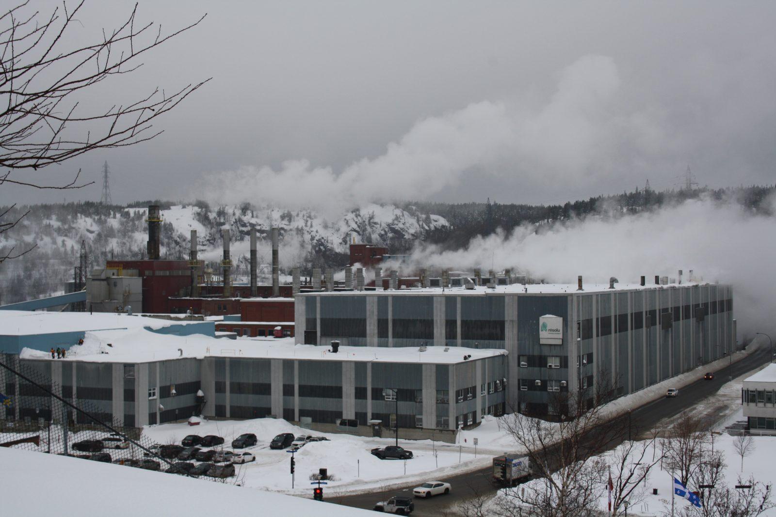 COVID-19: Produits forestiers Résolu licencie 700 employés