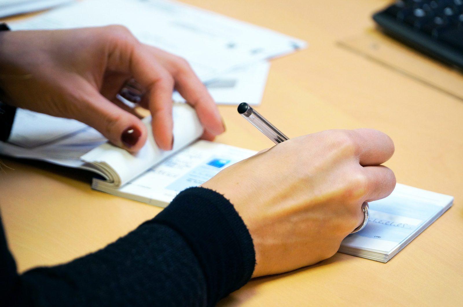 COVID-19 : Legault demande aux propriétaires d'être flexibles avec les locataires