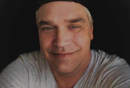 L'artiste country Conrad Stéphane dans la course aux prix Willie