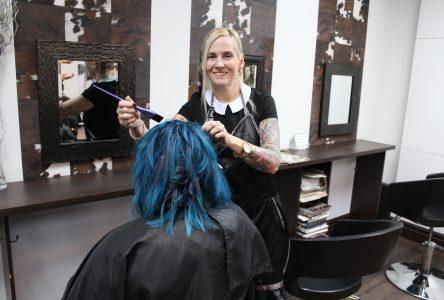 Encore l'incertitude pour les coiffeuses, massothérapeutes et autres